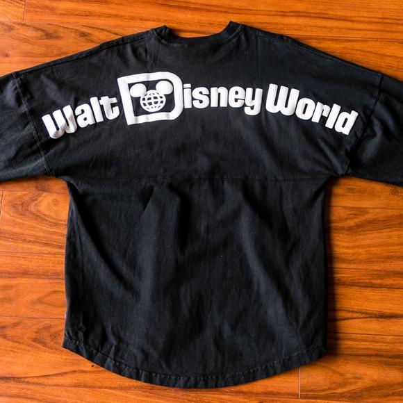 310d44bc5 Disney Other - Vintage Disney World Curved Hem Long Sleeve Top